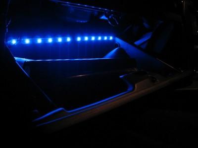 グローブボックスLED照明装着